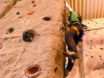 Indoor Freeclimbing - Shape Sport GmbH